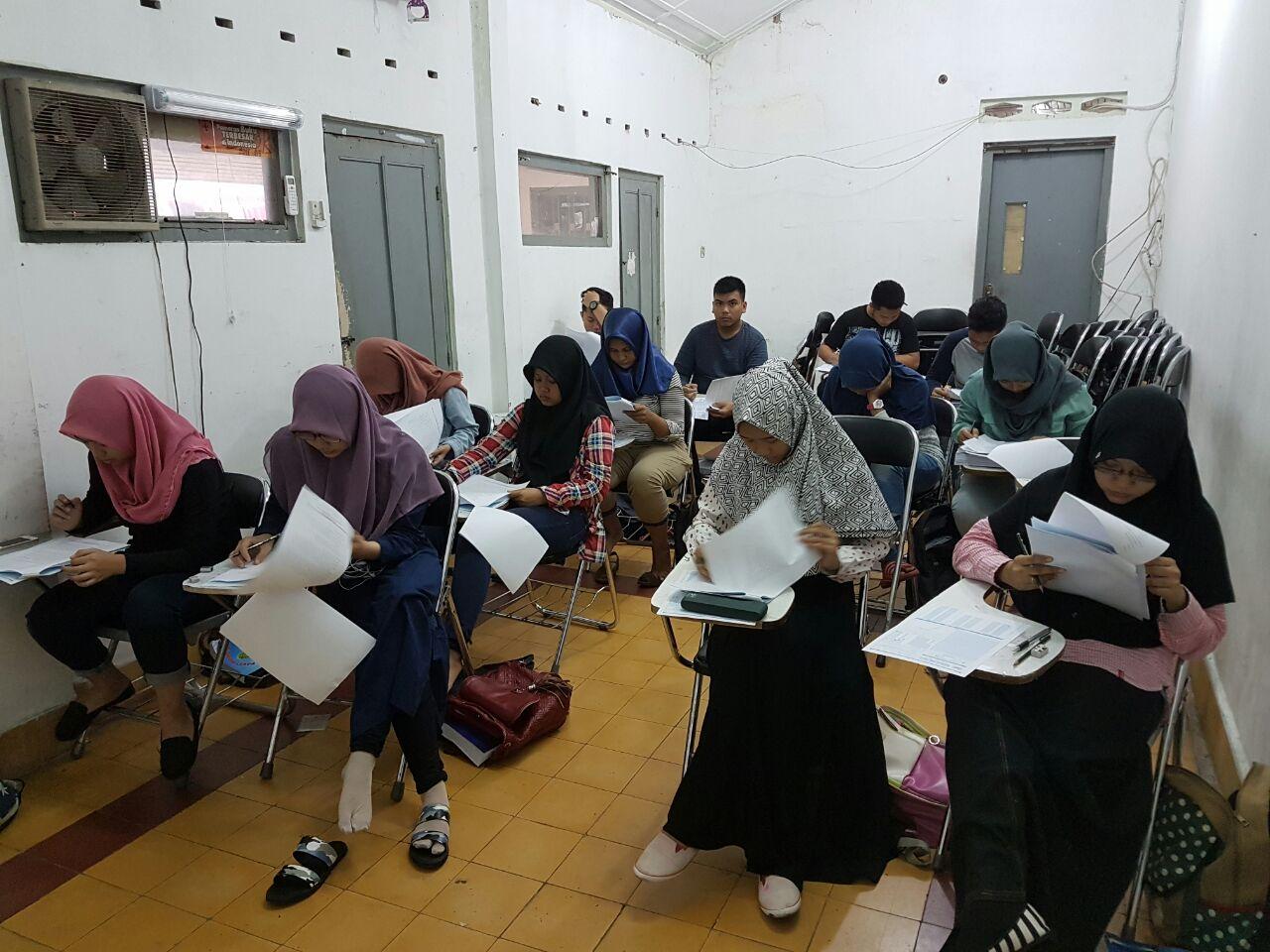 Suasana Belajar di IMC
